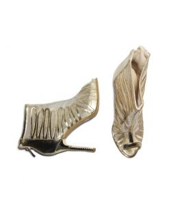 @ ₹800 Golden Party Stilettos Heels
